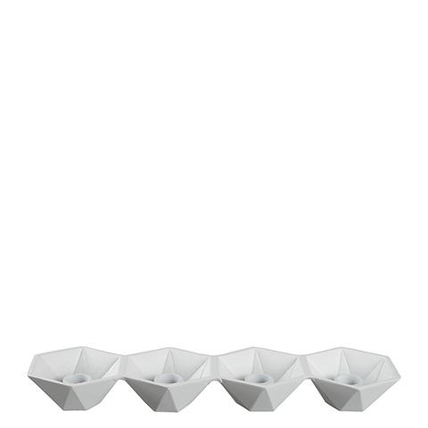 Ljusstake med plats för fyra ljus i vit metall