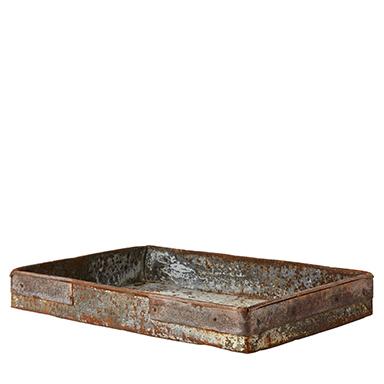 Metallfat i rustik vintagestil