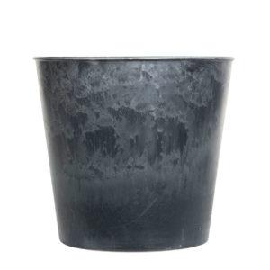 Kruka i gråmelerad plast
