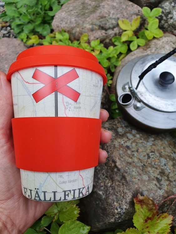 Kaffemugg to go takeaway fjällfika ledkryss