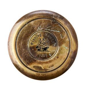 Kompass i mörk mässing svart