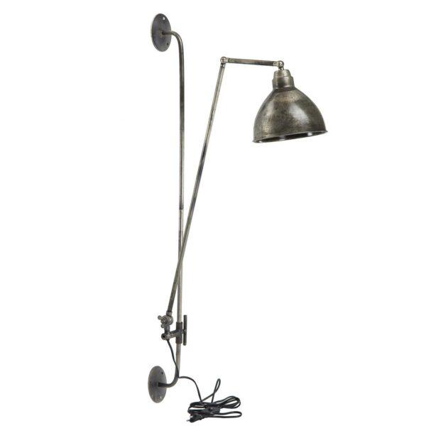 Vägglampa i industrigrå metall