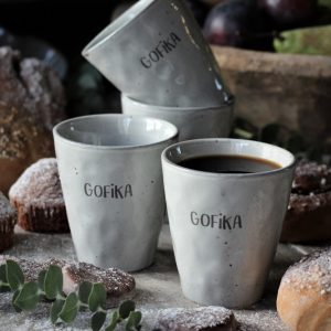 Majas Cottage gofika mugg i grå stengods