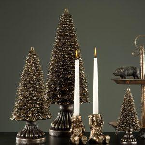 Julgran i guldbrun dekoration