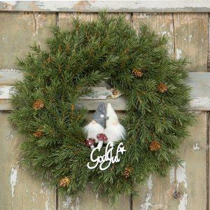 Julkrans med granris och kottar
