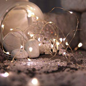 Ljusslinga på silvertråd dew drop