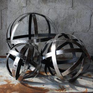 Trädgårdsklot bandklot i antiksilver metall