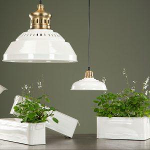 Blomlåda planteringslåda i vit metall