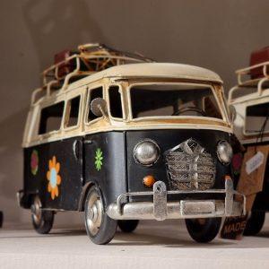 Hippiebuss metall dekoration bil