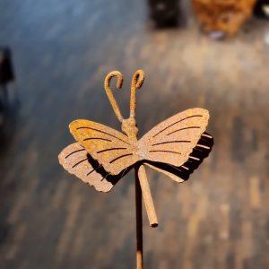 fjäril trädgårdsdekoraion rost eldgarden
