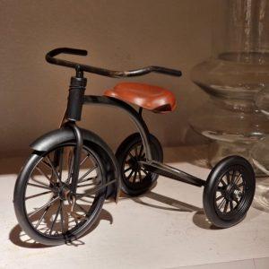Cykel trehjuling svart metall dekoration