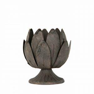 Ljuslykta på fot i grå metall med formen av en blomma